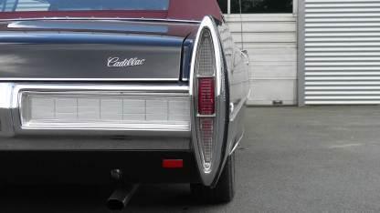 Cadillac De Ville 1967 Convertible (14)