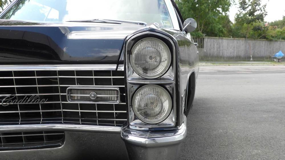 Cadillac De Ville 1967 Convertible (17)