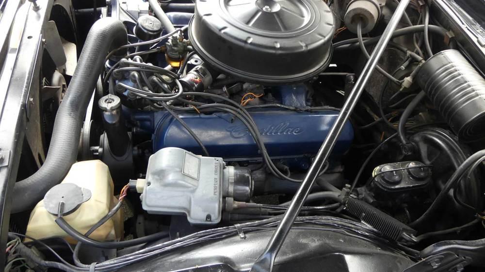 Cadillac De Ville 1967 Convertible (21)