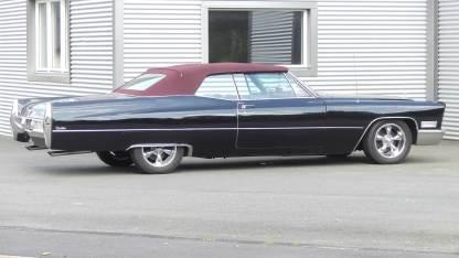 Cadillac De Ville 1967 Convertible (8)