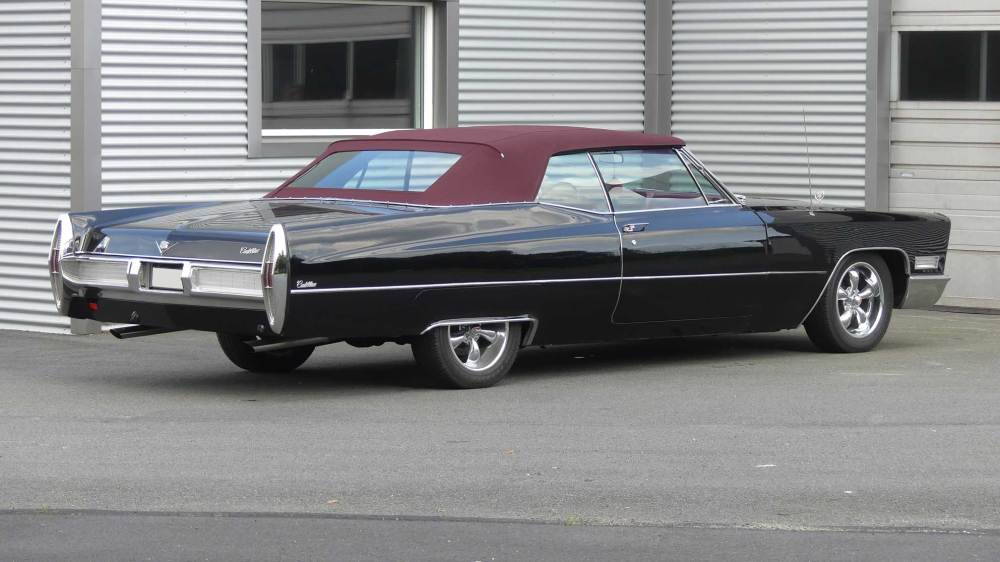Cadillac De Ville 1967 Convertible (9)