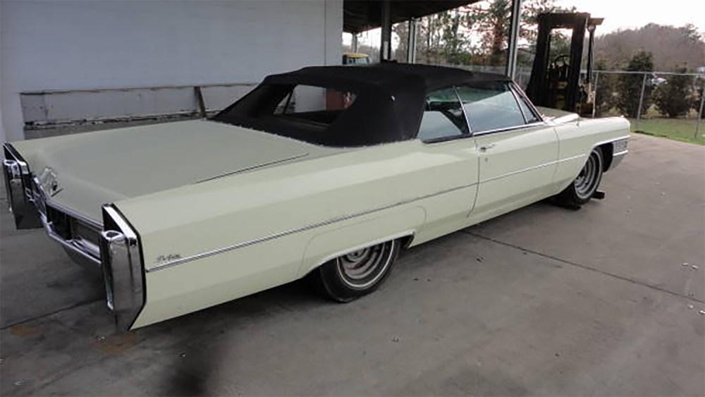 Cadillac-DeVille-1965-Convertible