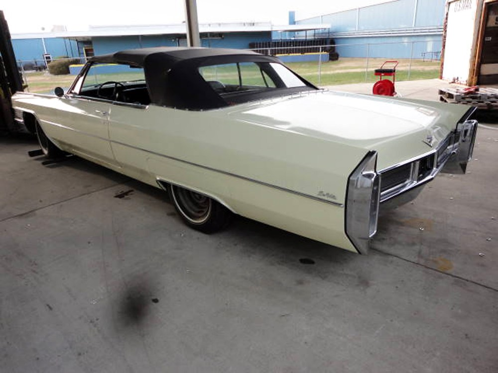 Cadillac DeVille 1965 Convertible_3