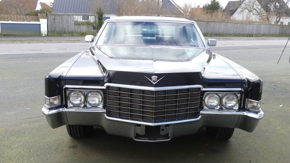 Cadillac DeVille 1969 (16)