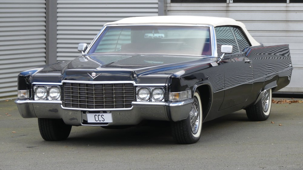 Cadillac DeVille 1969 (4)