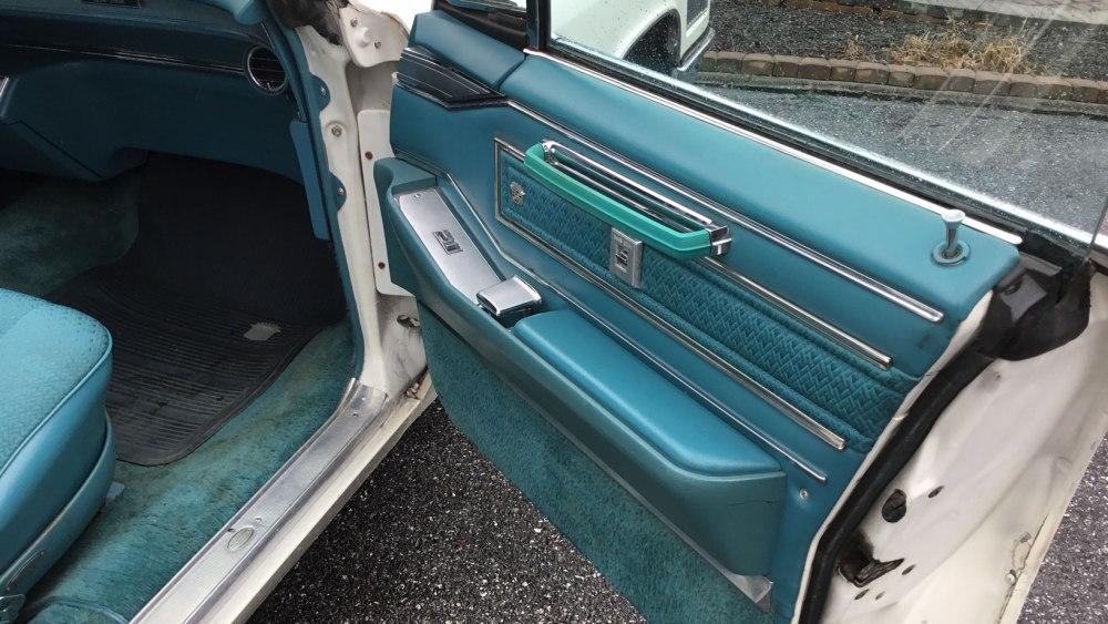 Cadillac 4 dr ht 1966 (4)