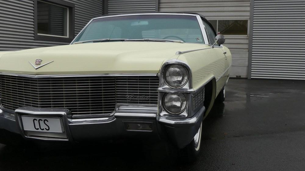 Cadillac Deville 1965 Convertible (14)
