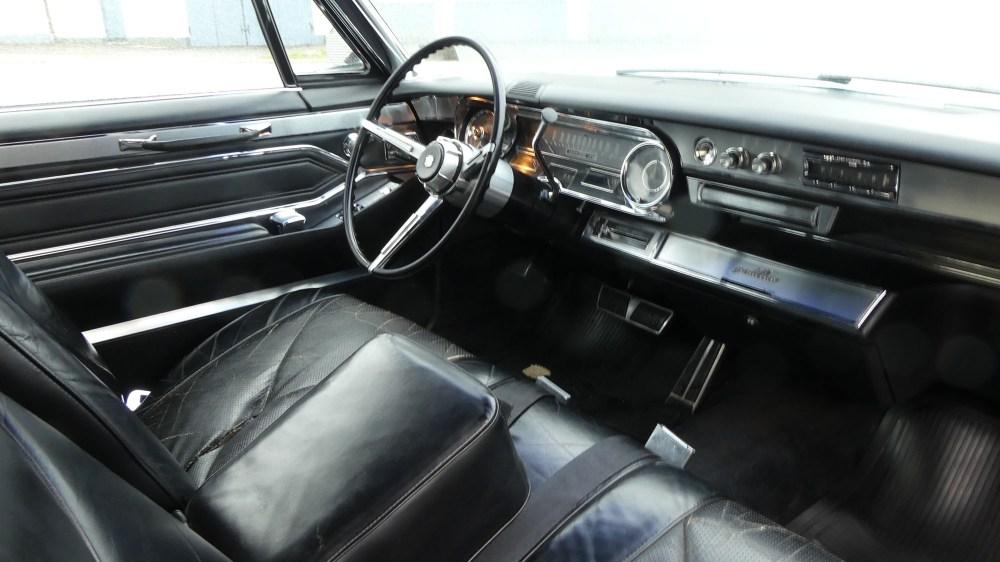 Cadillac Deville 1965 Convertible (18)