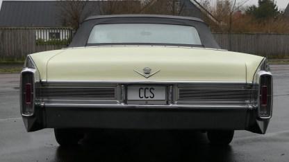 Cadillac Deville 1965 Convertible (9)