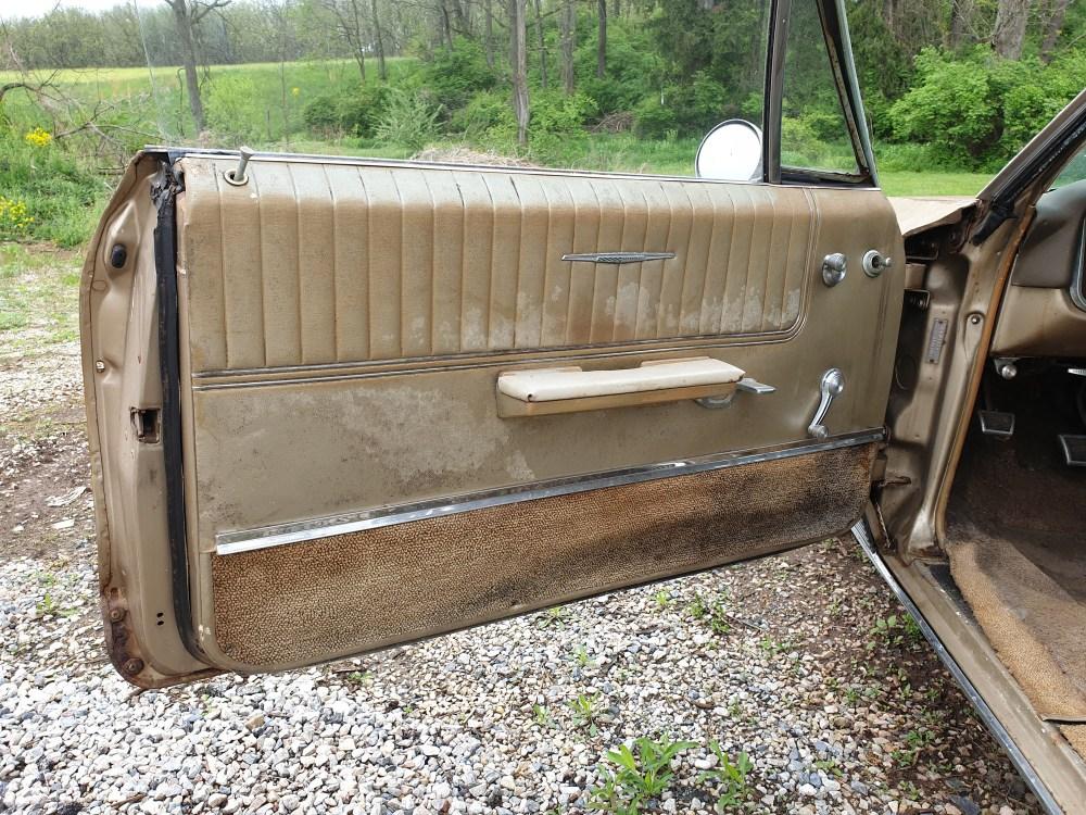 Pontiac Bonneville 1966 Coupe (9)