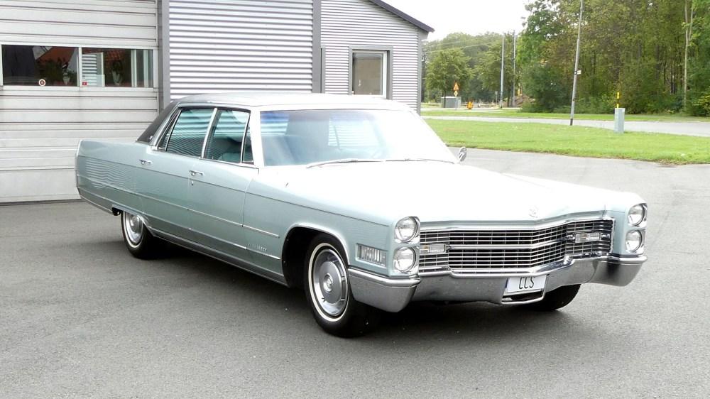 Cadillac 1966 Fleetwood (1)