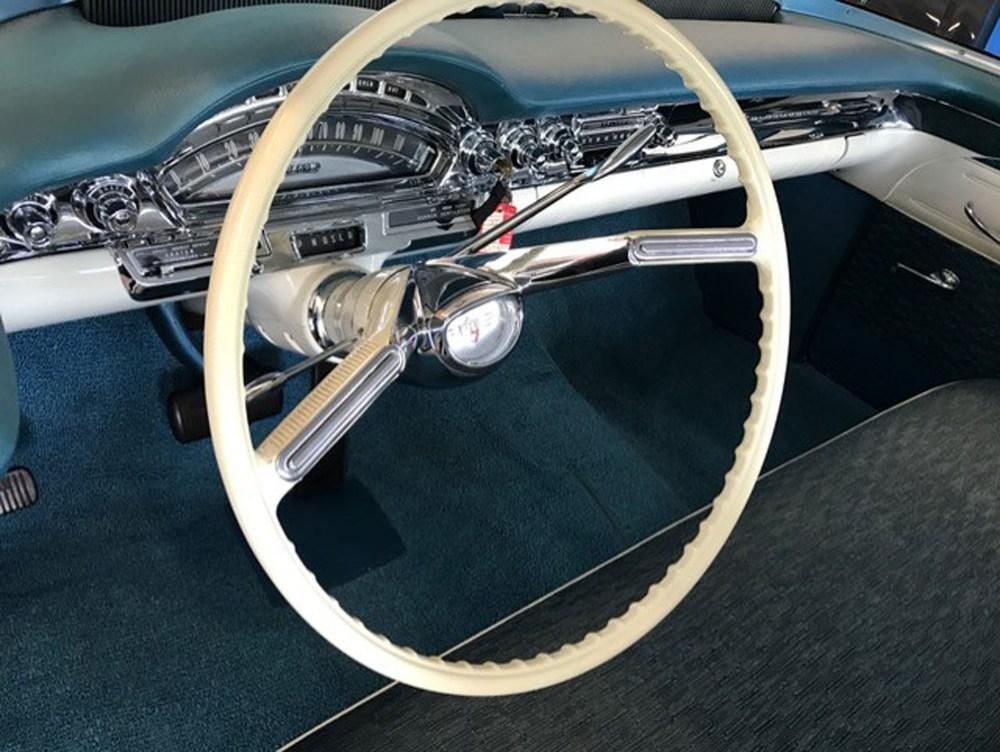 Oldsmobile Super 88 1958 (14)