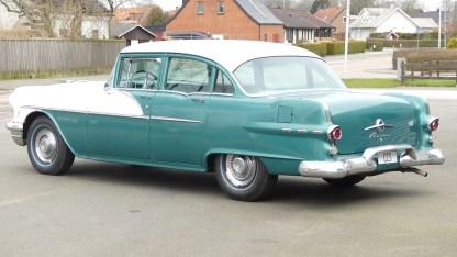 Pontiac Cheiftain 1956 4D (14)