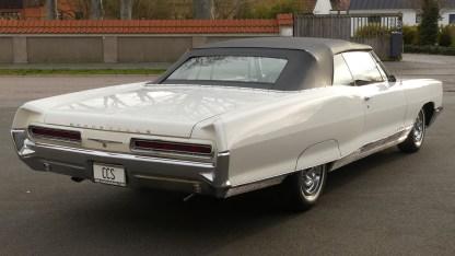Pontiac Bonneville Cab 1966 (11)