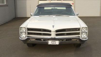 Pontiac Bonneville Cab 1966 (19)