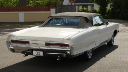 Pontiac Bonneville Cab 1966 (13)