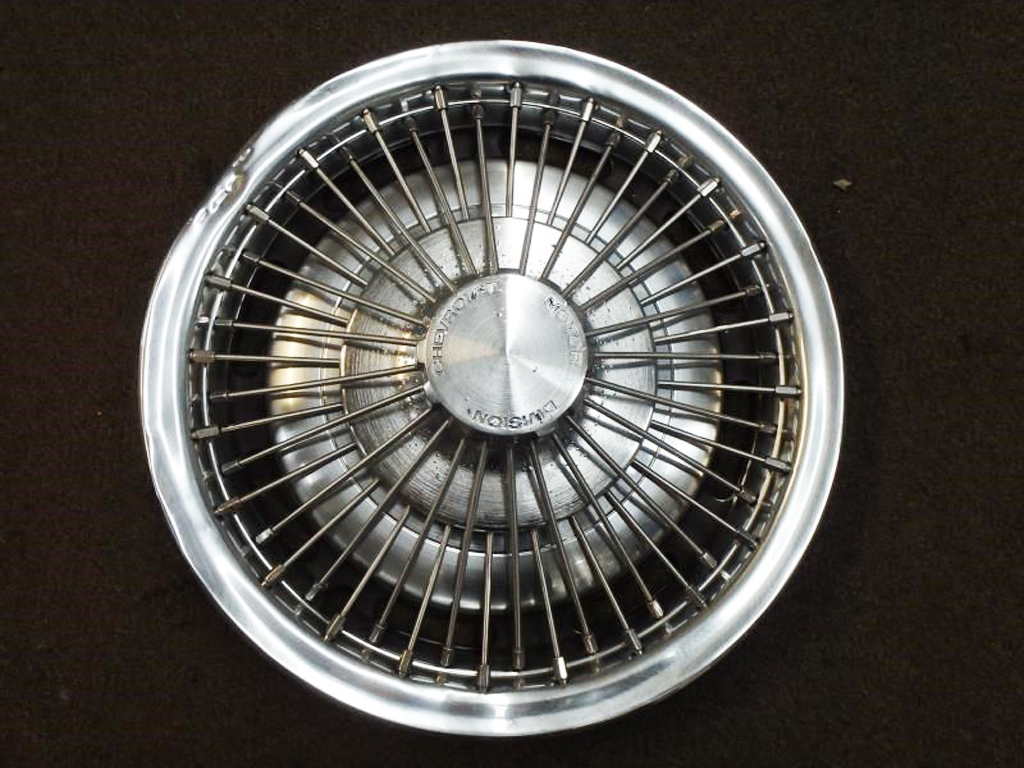 hight resolution of 1971 76 chevrolet 15 inch wire wheel cover