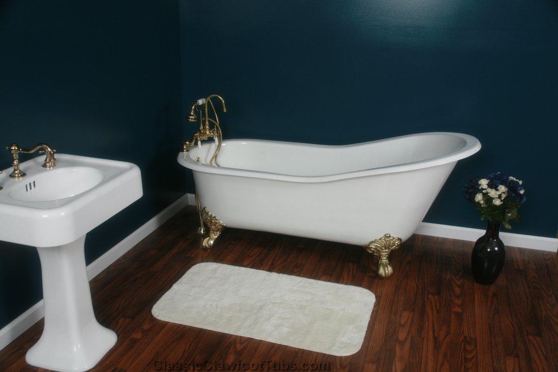 67 Cast Iron Slipper Clawfoot Tub  Classic Clawfoot Tub