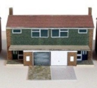 Kingsway N moder semi detached houses kit build