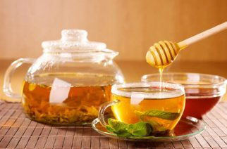 Ten Amazing Benefits Of Drinking A Glass Of Warm Honey Water Everyday