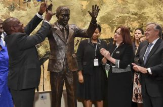 outh Africa President Cyril Ramaphosa, left, United Nations General Assembly President Maria Fernanda Espinosa, center, and United Nations Secretary General Antonio Guterres attend the unveiling ceremony of the Nelson Mandela Statue which was presented as a gift from the Republic of South Africa at United Nations headquarters, Sept. 24, 2018.
