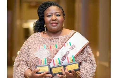 Mrs Janet Abobigu, CEO of Uni-Jay Fashion displaying the three awards she recieved at the just ended Chamber of Commerce Business Awards