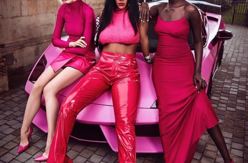 Rhianna Meets Senegal's Dark Skinned Model Koudia Diop And Pose Together In Fenty Campaign