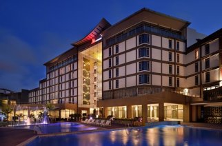 Accra Marriott Hotel Supports Worldwide Earth Hour Movement For The Environment By Going Dark
