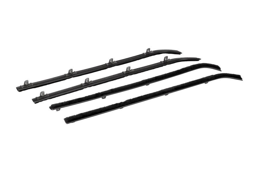 60-63 – Beltline Molding Kit