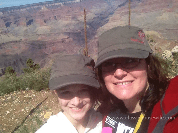 CH-grand-canyon-selfie