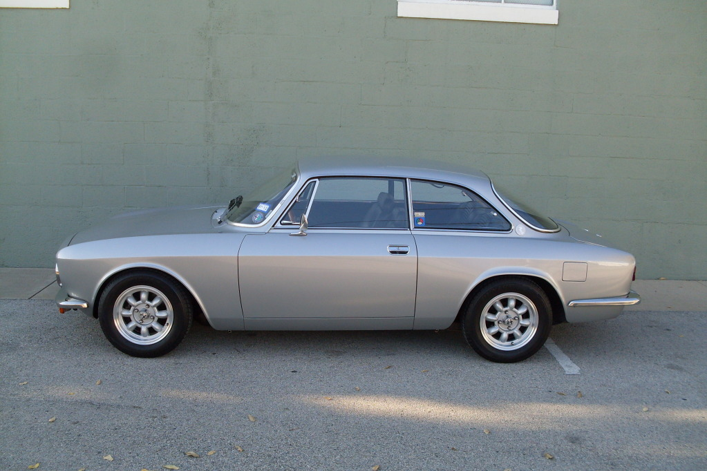 1974 alfa romeo gtv 2000 classic italian cars for sale. Black Bedroom Furniture Sets. Home Design Ideas