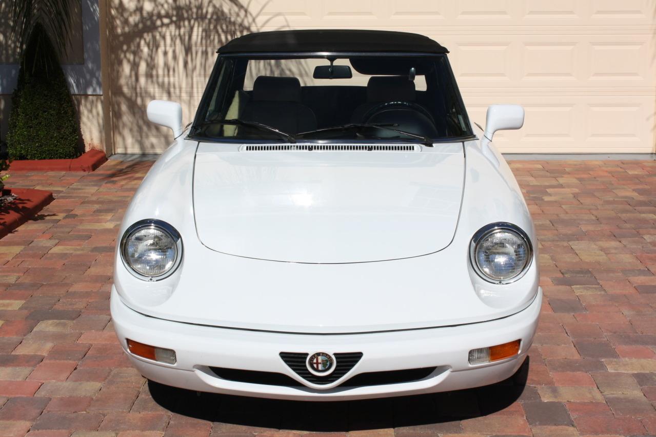 1991 alfa romeo spider classic italian cars for sale. Black Bedroom Furniture Sets. Home Design Ideas