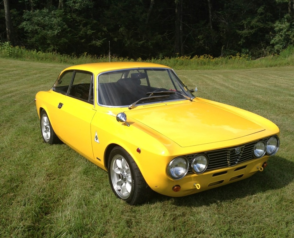 1973 alfa romeo gtv 2000 classic italian cars for sale. Black Bedroom Furniture Sets. Home Design Ideas