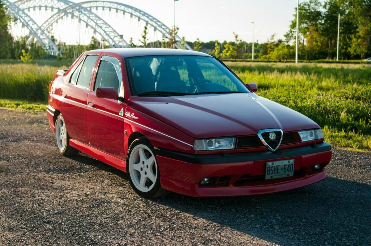 1997-Alfa-Romeo-155-2.5L-Busso-V6-engine-12V-chrome-runners-most-beautiful-engine-speedline-wheels-front.jpg