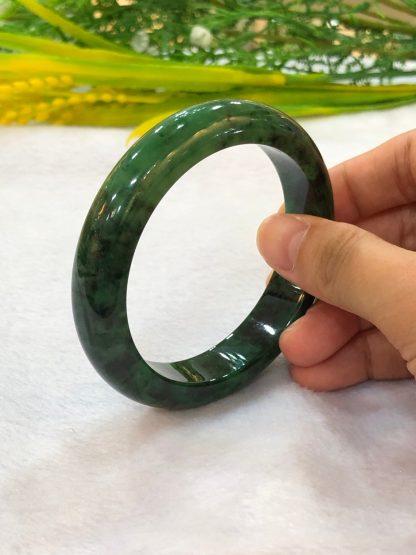 vivid green jade bangle