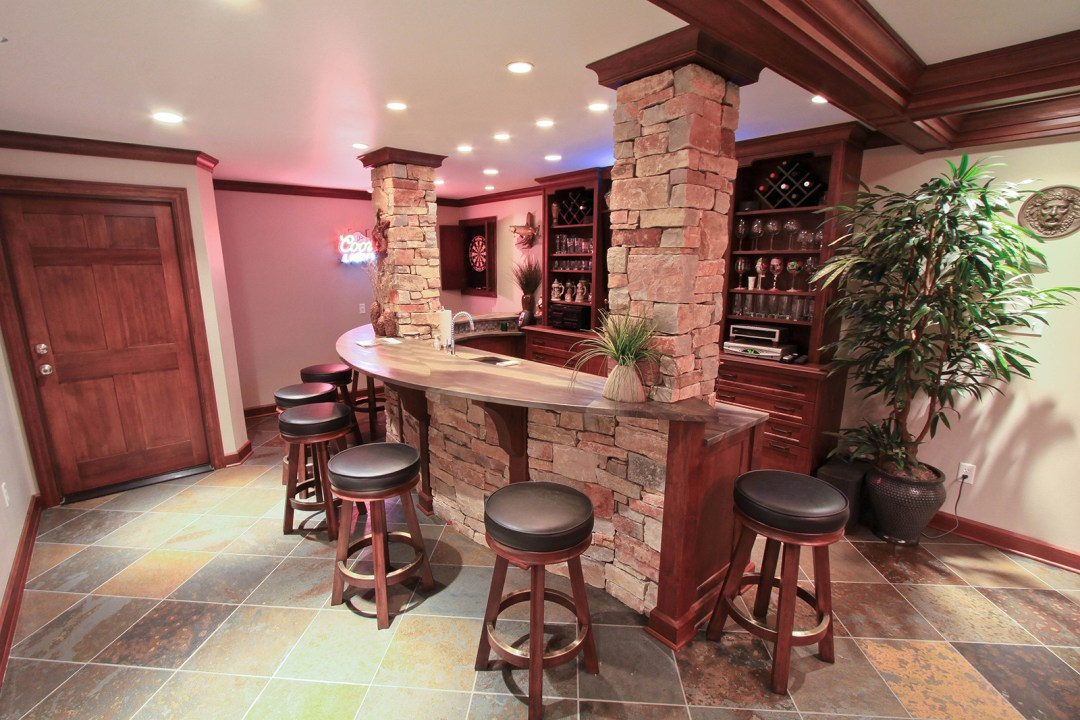 Custom Bar Design – Richmond, VA