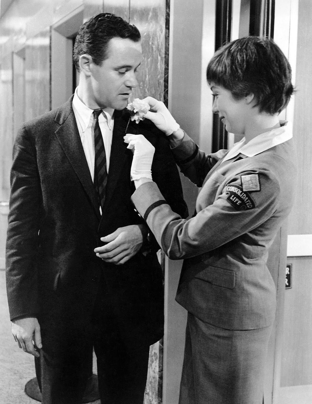 shirley mclaine and jack lemmon. the apartment, classic movie actress, billy wilder