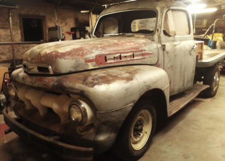 1952 Ford F2 Ford Trucks For Sale Old Trucks Antique
