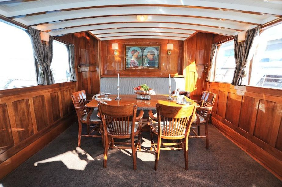 SOLD 66ft NEW YORK FAST COMMUTER MOTOR YACHT Fully