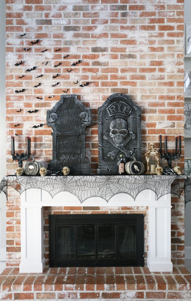 Spooky And Easy Outdoor Halloween Decorations With The Home Depot Classy Clutter