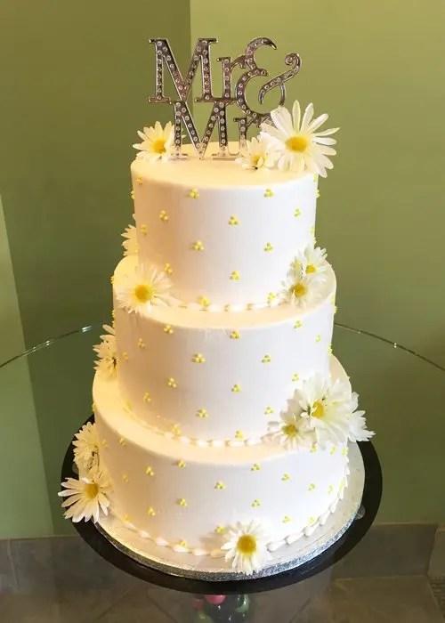 Swiss Dot Wedding Cake – Classy Girl Cupcakes
