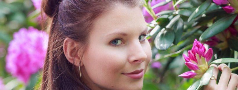 Portraitshooting mit tierischem Model und Blumen Bokeh von Claudia Link Fotografie und Grafidesign aus Erlangen Nürnberg Roth