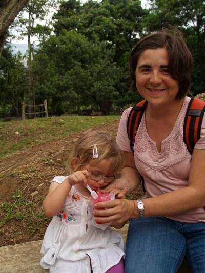 Leckeres Eise im Botanischen Garten von Medellín