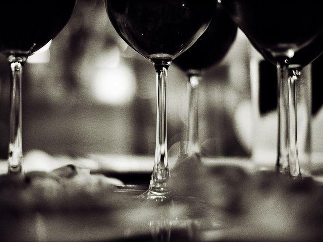 wine-cup-black-white_claudiamatarazzo