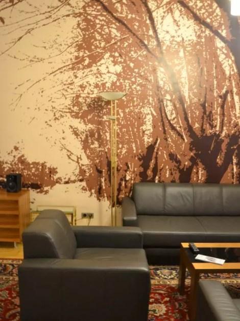 Derag Livinghotel an der Oper Zimmer Sitzecke