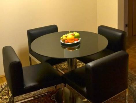 Essbereich Zimmer Derag Livinghotel Wien