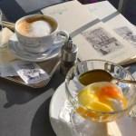 Ei im Glas; meine Salzburger Frühstücks-Kaffeehäuser;  Café Tomaselli