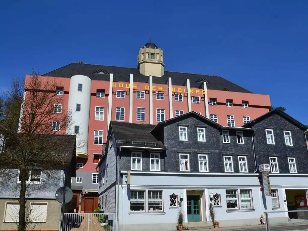 Haus des Volkes, Bauhaus-Hotel in Probstzella