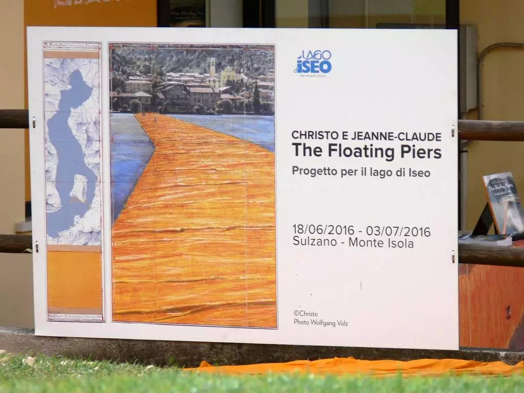 Iseo See Christo floating piers