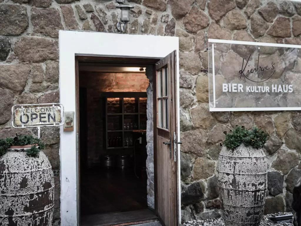 Eingang Bier Kultur Haus